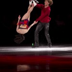 Stars on Ice delivers an artistic smackdown