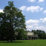 800px-Tanglewood_Music_Shed_and_Lawn,_Lenox,_MA